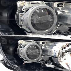 Mazda CX-7 (2006-2012) на Hella 3R Переходная рамка