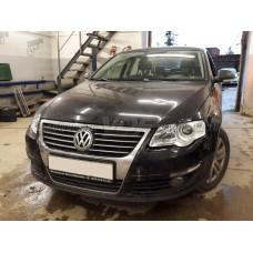 Volkswagen Passat B6 (2005-2010) на Hella 3R Переходная рамка (Valeo Old)