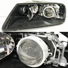 Volkswagen Touareg (2002-2005) на Hella 3R Переходная рамка